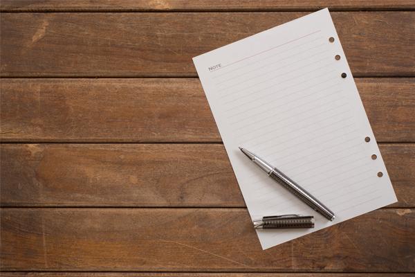 紙とペン画像