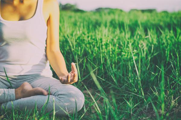girl-yoga画像